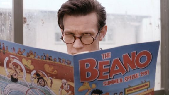 Matt Smith reading the Beano comic